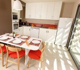 Dordogne Le Paradis Helios Kitchen 363