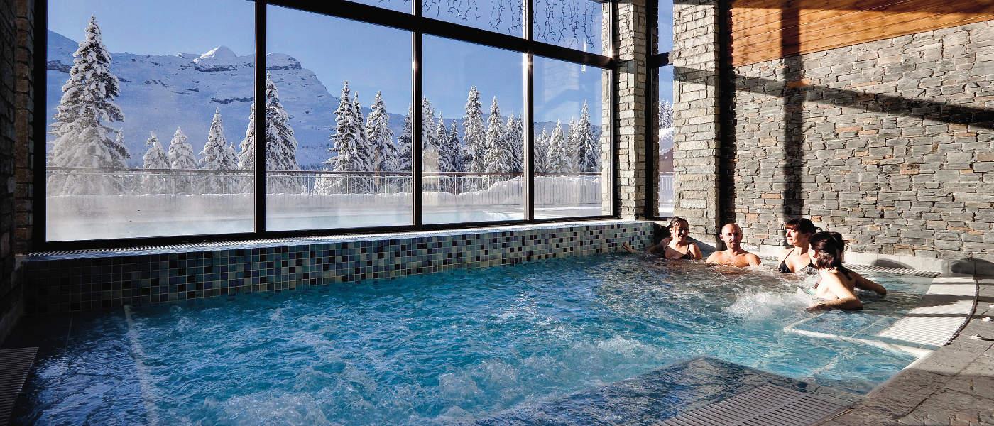 Flaine Terrasses d'Eos indoor pool 600