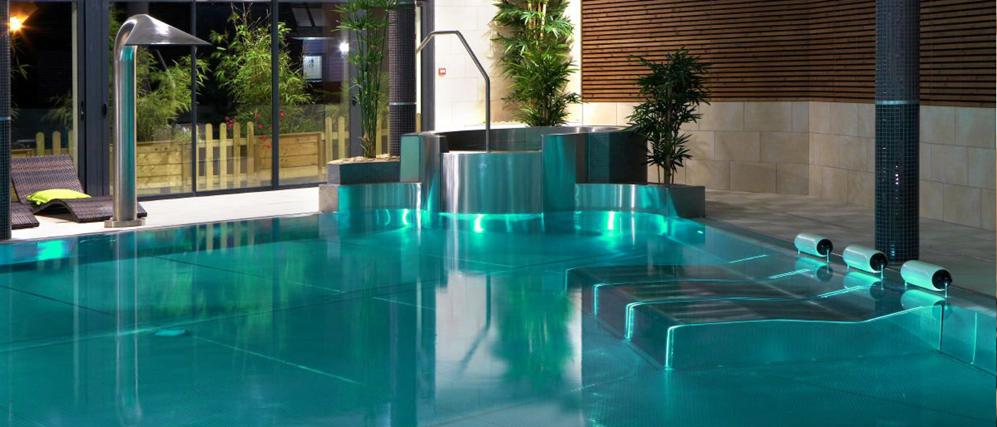Brittany L'Escale St Gilles Spa Pool