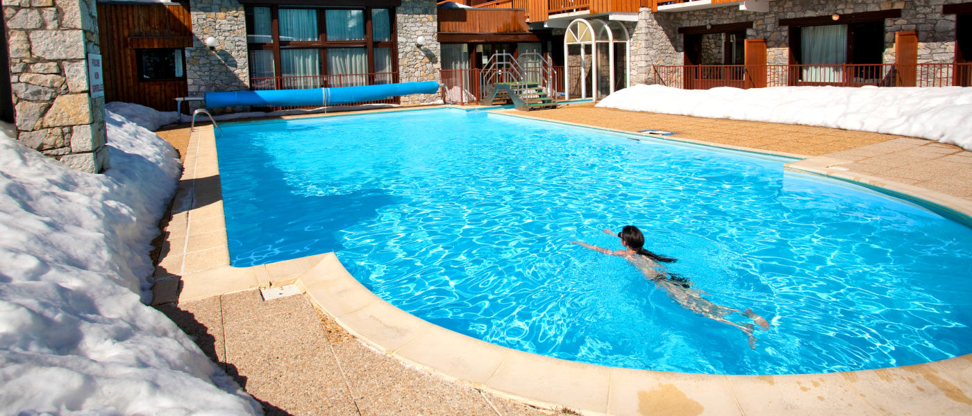 Firefly Holidays Chalets de Solaise Pool 1