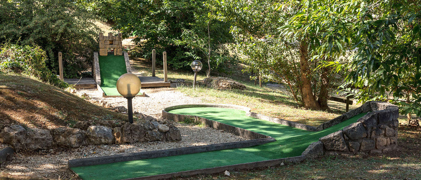 Firefly Holidays Saint Avit Loisirs Mini Golf