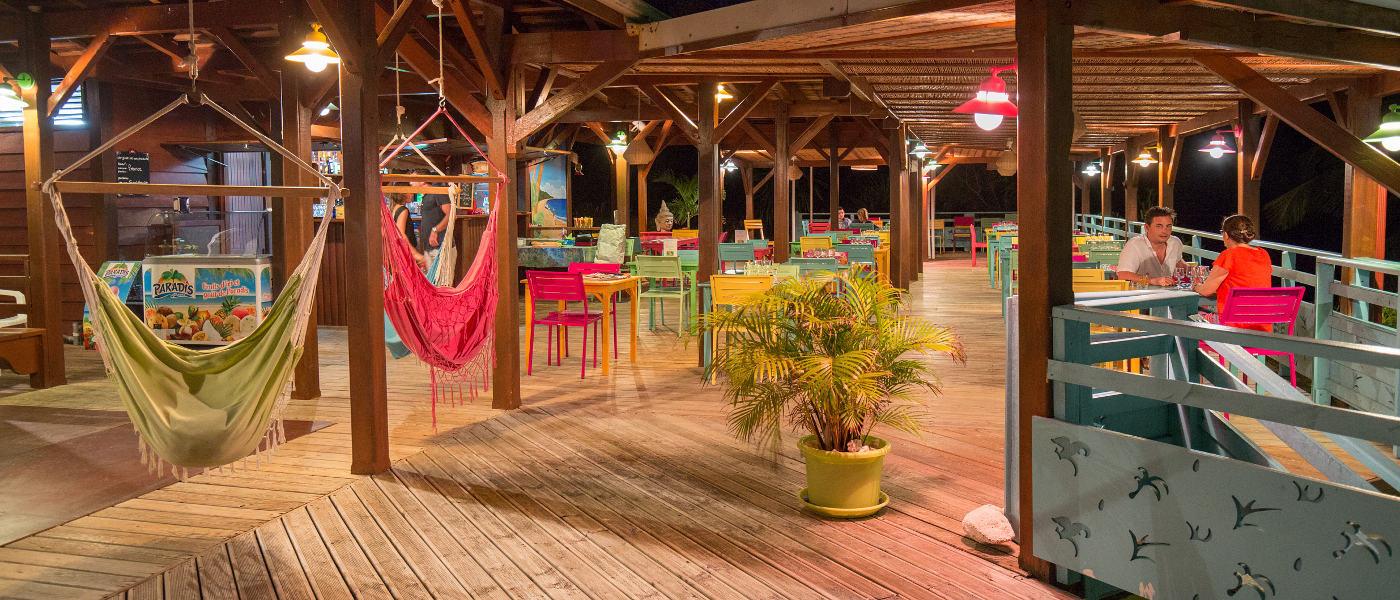 Les Tamarins La Balou Restaurant 3