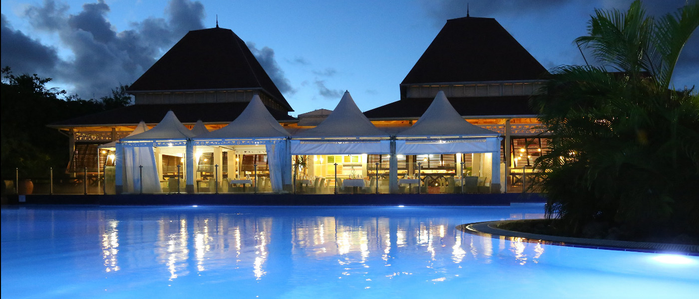 Guadeloupe Sainte Anne Holiday Village pool 2