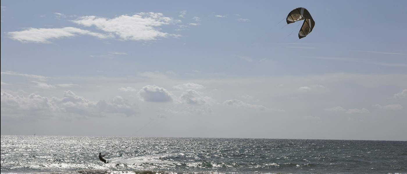 Costa Dorada Kite Surfing