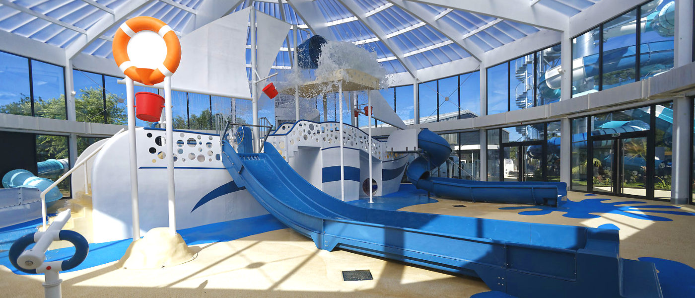 Firefly Holidays Beg Meil L'Atlantique Indoor Waterslides Bucket