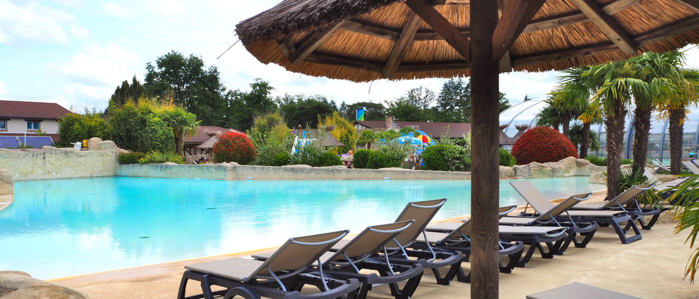 Firefly Holidays Pierrefitte Les Alicourts Resort Poolside