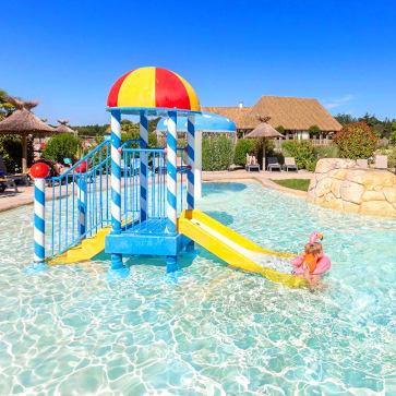 Les Alicourts Kids Pool 363