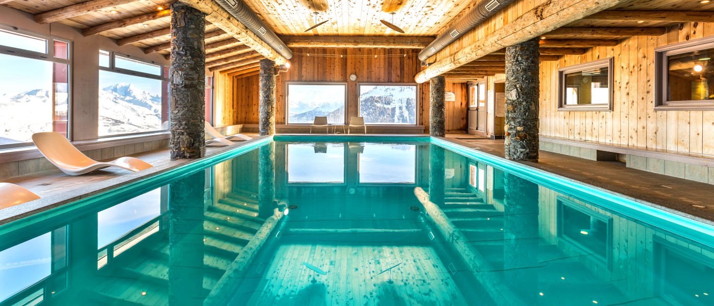 Les Hauts Bois Pool Long