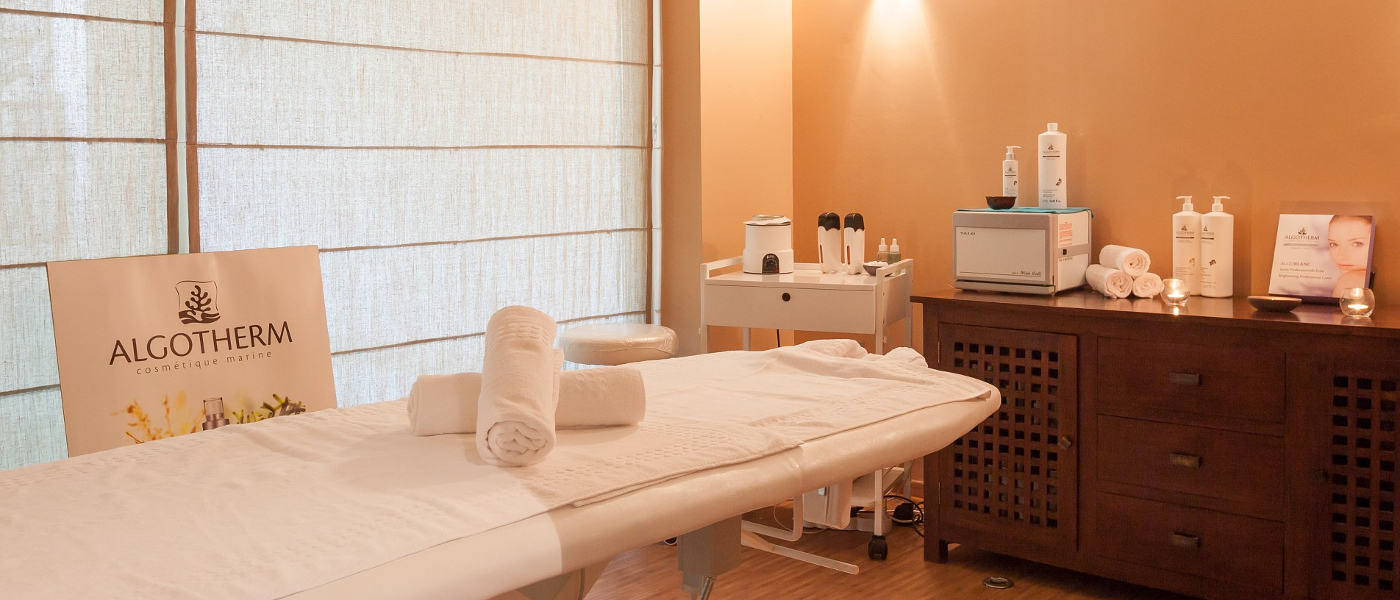 Les Restanque therapy room