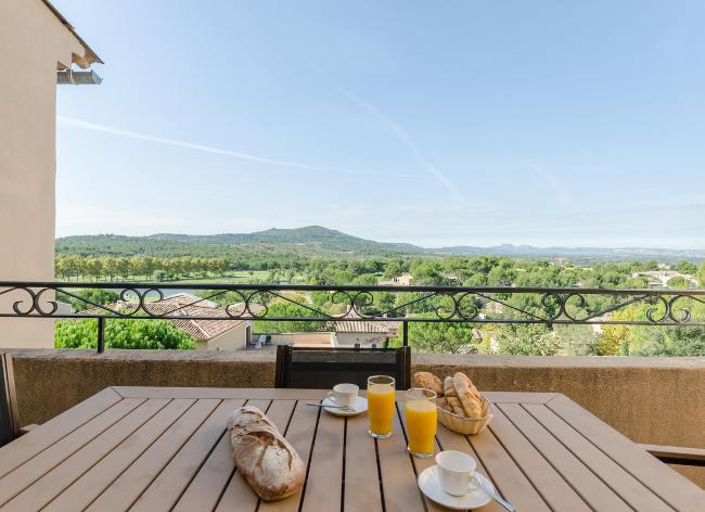 Provence Pont Royal 1-2 Bed Sup Apt Balcony