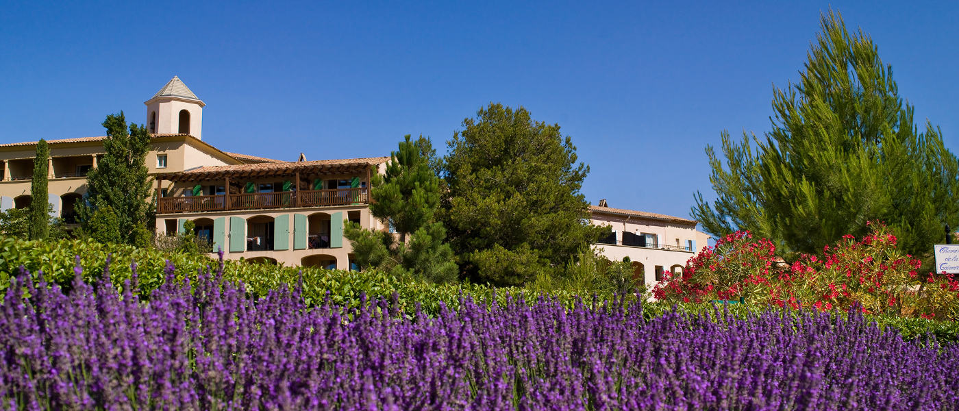 Provence Pont Royal Setting 3