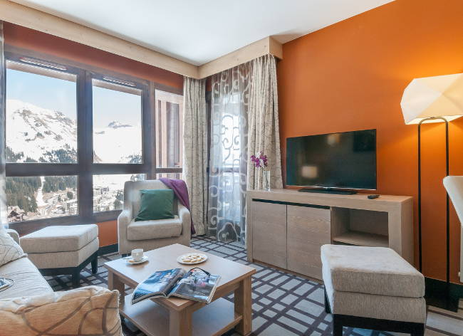 Flaine-Terrasses-Helios-2-Bed-Living-2