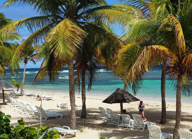 Guadeloupe, Premium Residence Les Tamarins - Private Beach