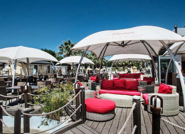 Holiday Marina Terrace Bar
