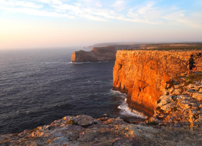 Salema Beach Village - Stunning cliff scenery at Cape St Vincent