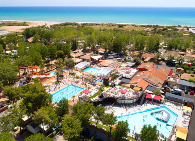 Les Sablons, Portiragnes Plage - Walk on to the fab beach directly from the resort