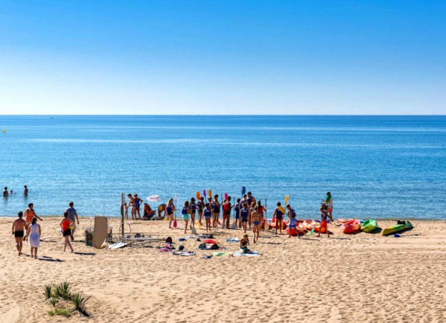 Les Sablons, Portiragnes Plage - Watersports and canoeing, right from the resort