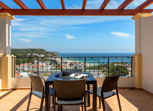 Salema Beach Village - Fab view over the beach from Sea View villas