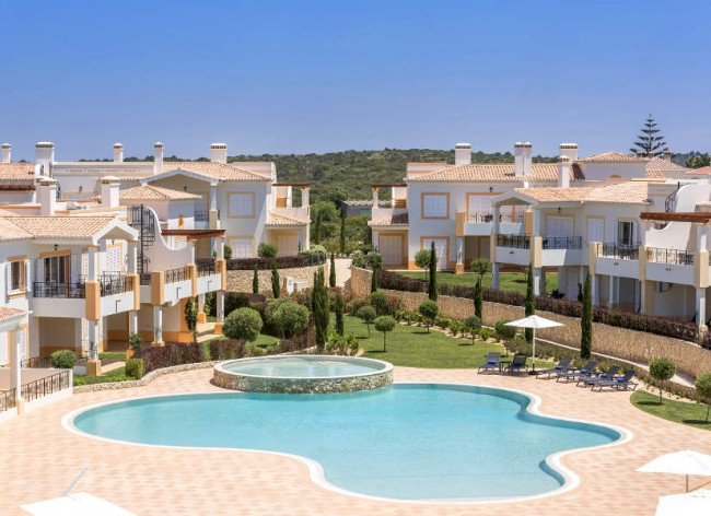 Firefly Holidays Salema Beach Village Pool 600h