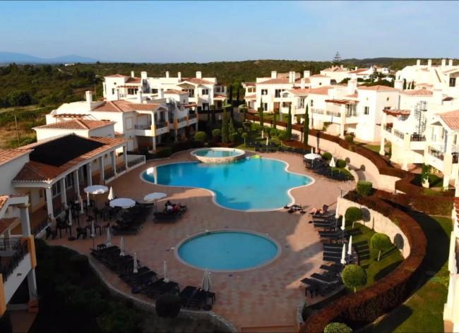 Salema Beach Village - Attractive Algarve village environment