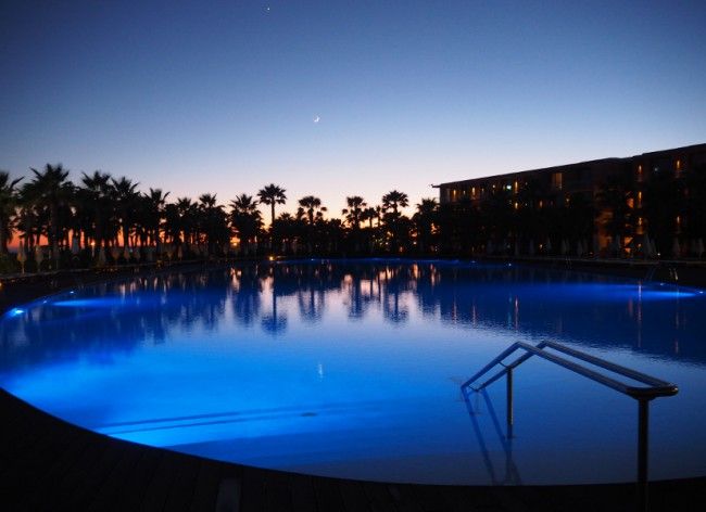 Firefly Holidays Salgados Pool at Night 600h