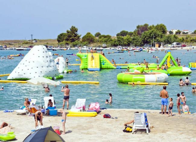 Firefly Holidays Zaton Resort Beach Inflatables 600h