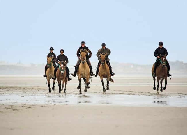 Belle Dune - Horse Riding