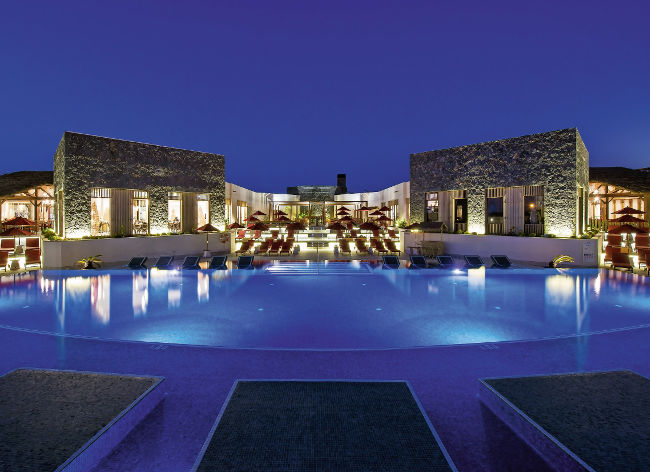 Origo Mare - Pool By Night