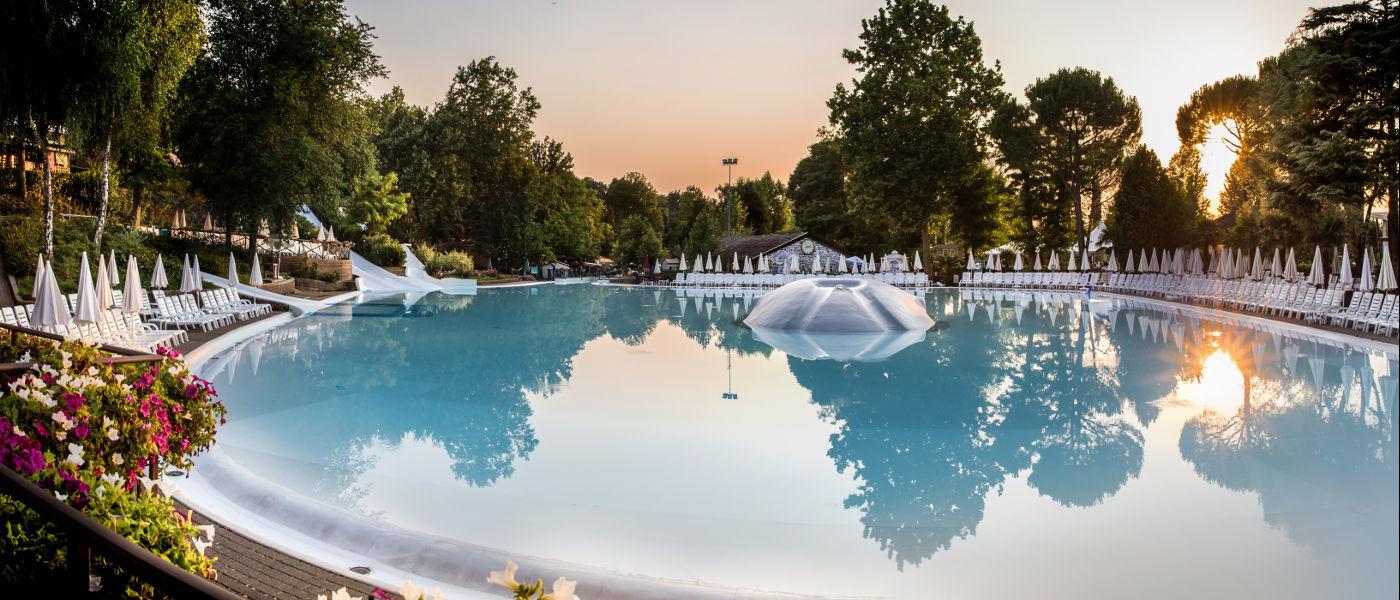 Altomincio Family Park Pool 1 Morning 2