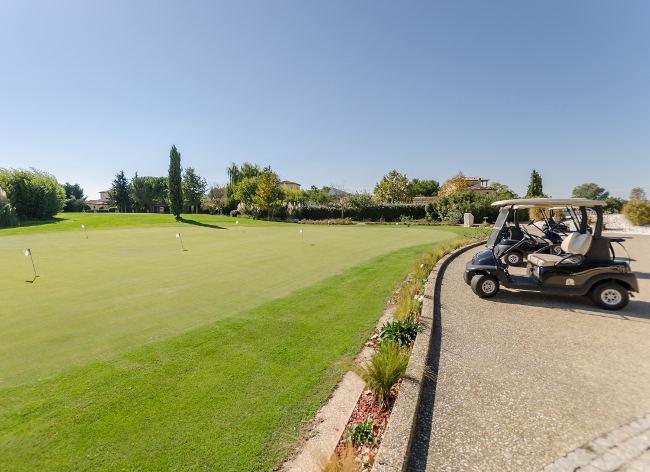 Mallemort, Pont Royal en Provence - Golf Buggies