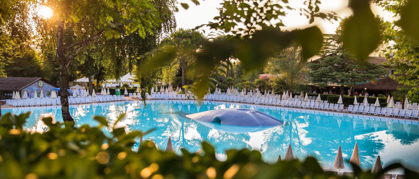 Altomincio Family Park Pool Sunset