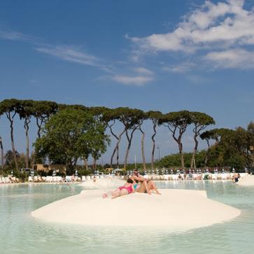 Park Albatros Pool Island
