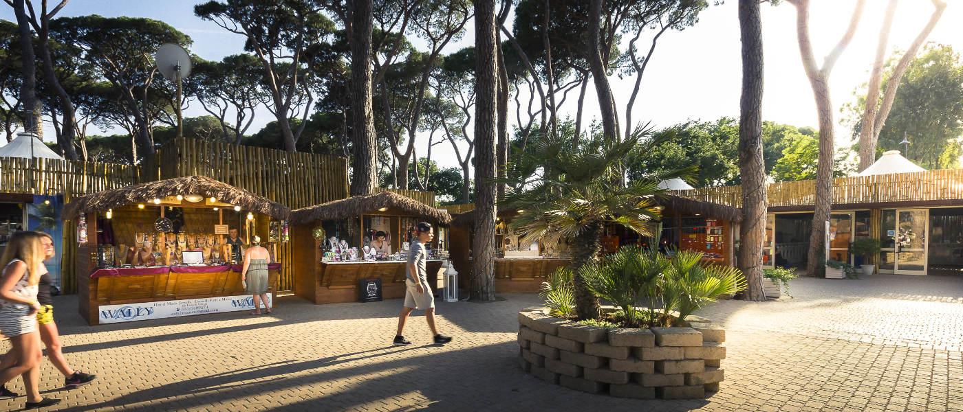 Park Albatros Stalls