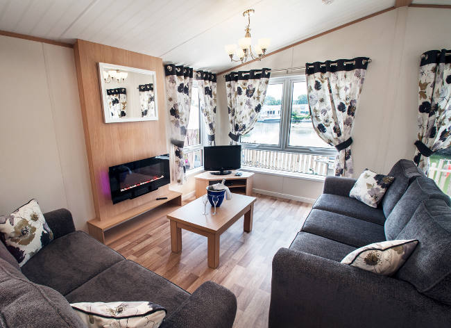 Holiday Marina Lodge Lounge