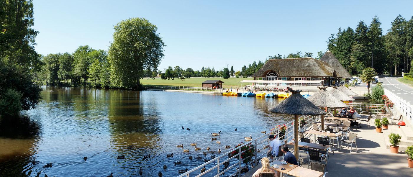 Domaine des Ormes, Boat Lake Hero