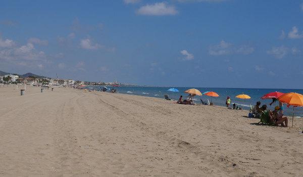 Golden sands of Coma-ruga beach