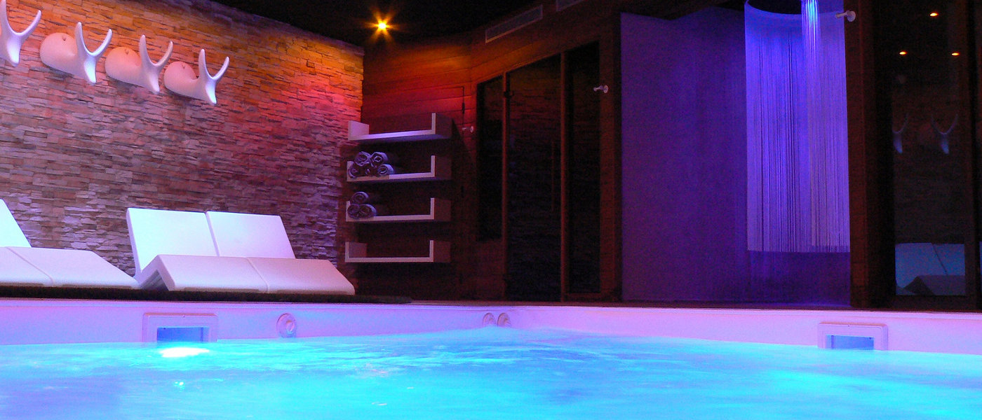 Domaine Foret d'Orient Spa Pool