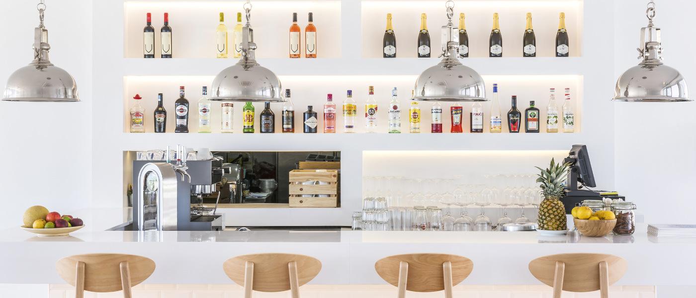 Firefly Holidays Laguna Resort Vilamoura Cafe Bar 2