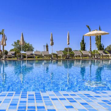 Firefly Holidays Laguna Resort Vilamoura Pool 2
