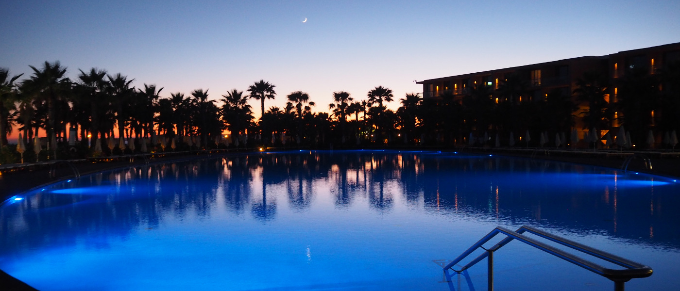 Firefly Holidays Salgados Pool at Night