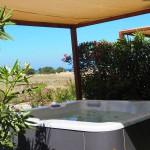 Firefly Holidays Vidamar Resort Villas Salgados Hot Tub