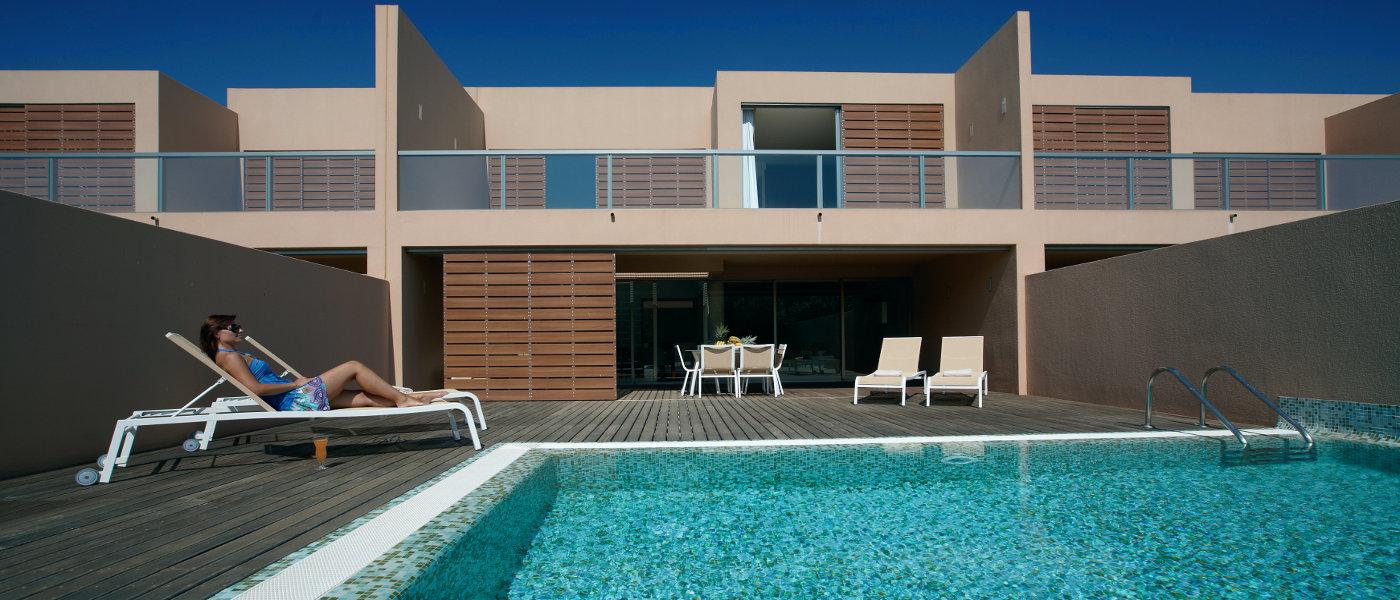Firefly Holidays Vidamar Resort Villas Salgados Villa Pool 2