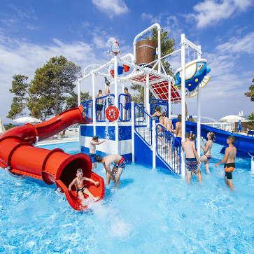 Firefly Holidays Zaton Holiday Resort Water Play House 363