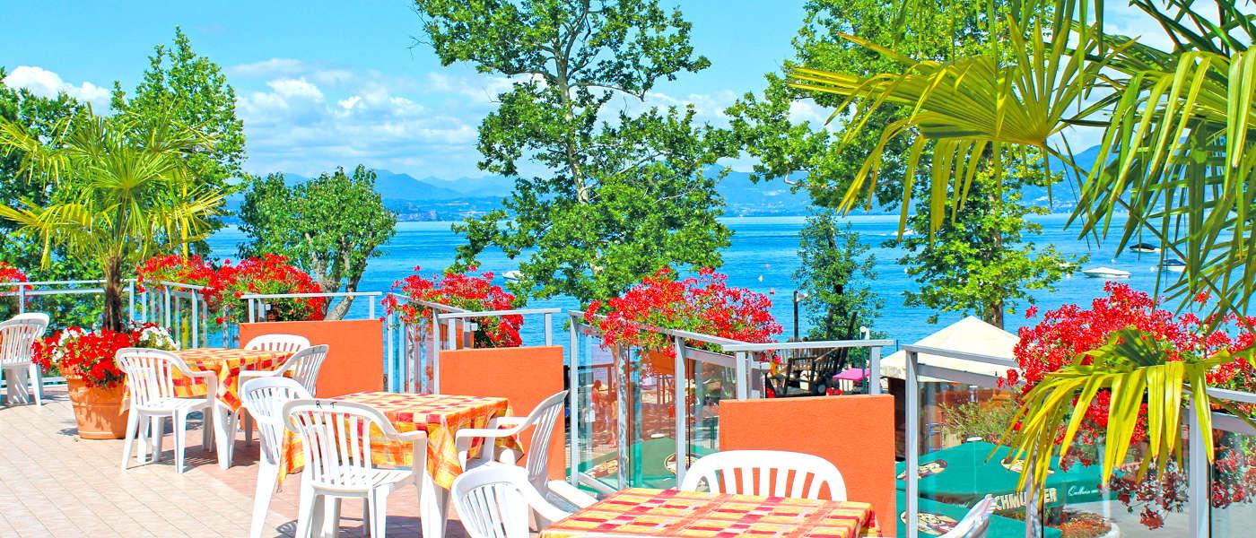 Firefly Holidays Cisano Bar Terrace