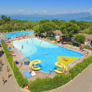 Firefly Holidays Cisano Pool View 300