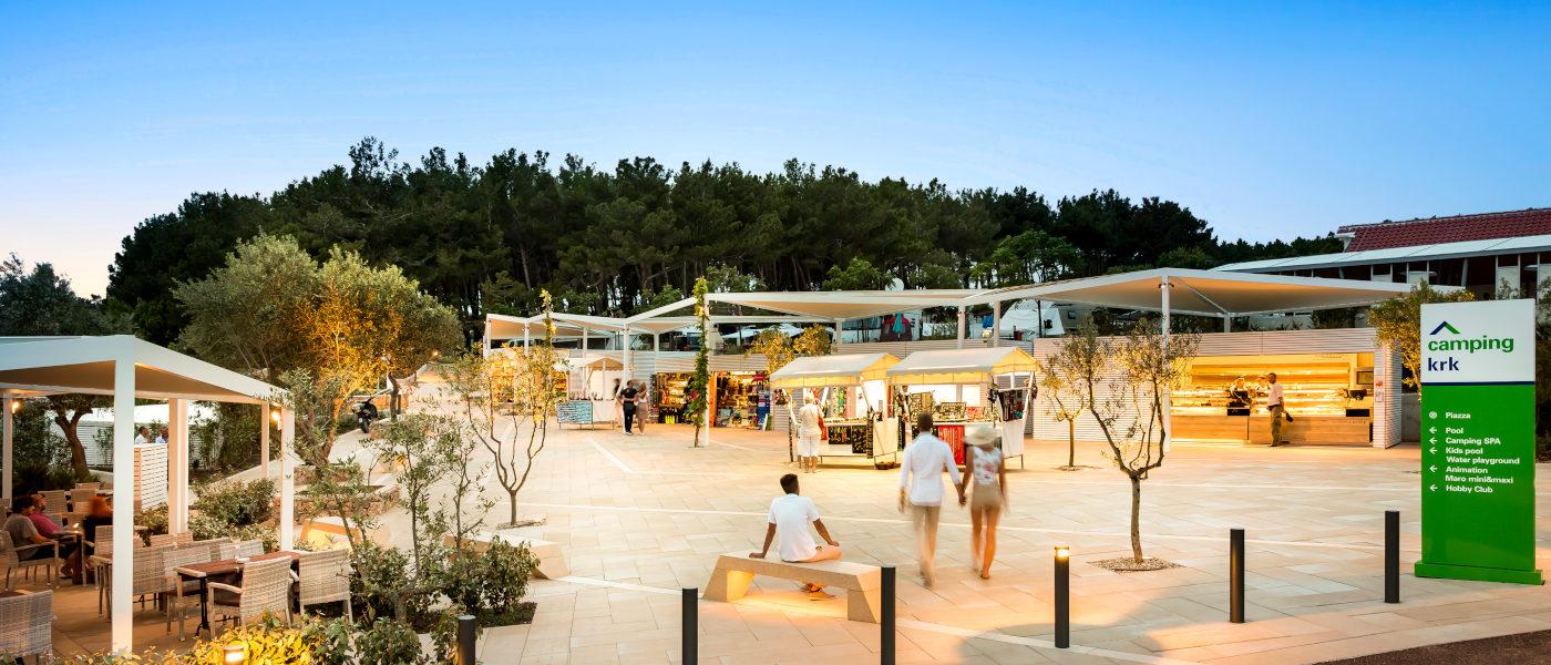 Firefly Holidays Krk Premium Camping Resort Piazza 1