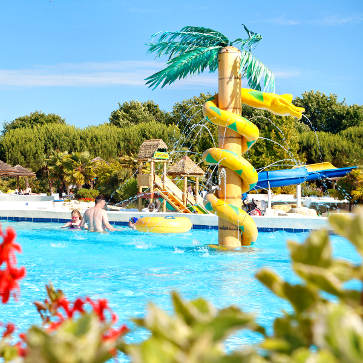 Firefly Holidays Sequoia Parc Kids Pool 363