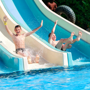 Firefly Holidays Sequoia Parc Waterslide 363
