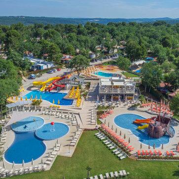 Firefly Holidays Lanterna Premium Camping Resort Main Pools 363