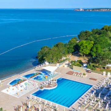 Firefly Holidays Lanterna Premium Camping Resort Shore Pools 363